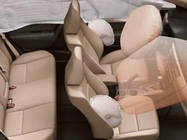 Airbags frontales, laterales, de cortina y de rodilla para el conductor.